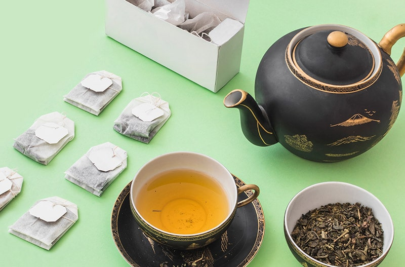teabags and loose leaf tea