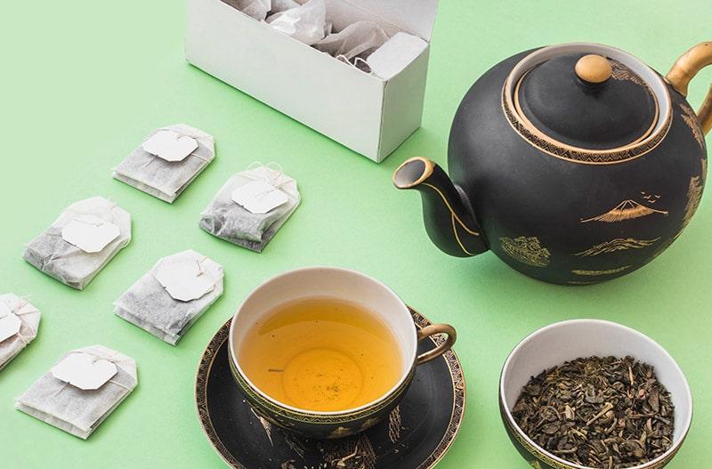 teabags and loose leaf tea